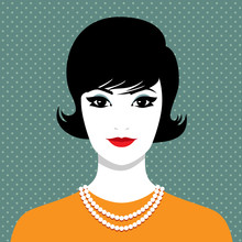 Elegant Woman With Pearl Neckl...