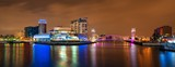 Fototapeta Most - Manchester Salford Quays business district night view