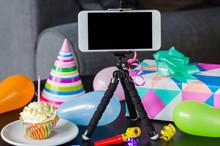 Birthday Online. Social Distan...