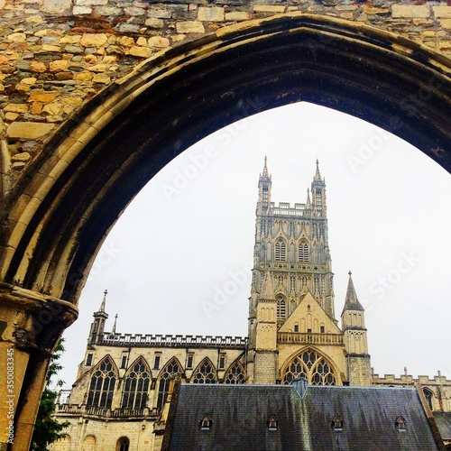 Fotografie, Obraz Low Angle View Of Gloucester Cathedral Against Clear Sky