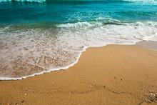 Beautiful Sea Waves At Sandy B...