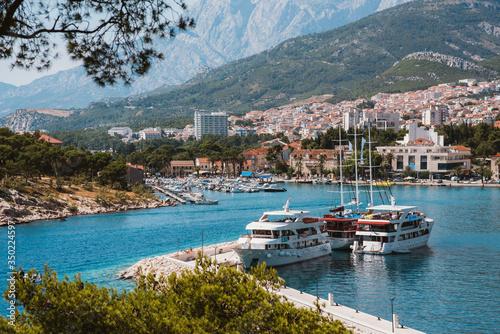 Fototapeta Wakacje, jachty, panorama miasta obraz