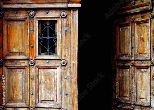 Photo Old Wooden Ajar Door