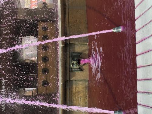 Obraz na plátně Fountain At Piazza De Ferrari
