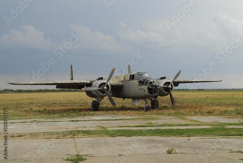 Photo avion antiguo