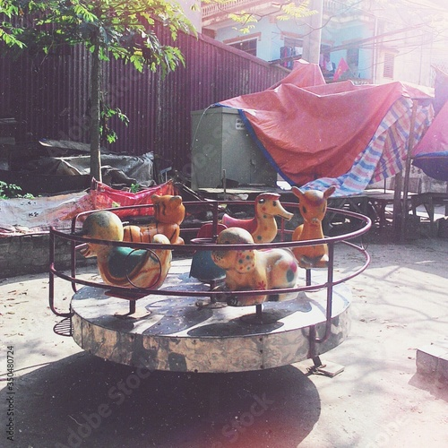 Valokuva Merry Go Round In Playground