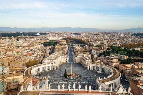 Obraz Piazza San Pietro against blue sky in Vatican City - fototapety do salonu