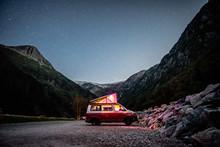 VW California T6 Bulli Nachthi...