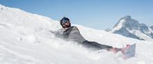 Freerider Snowboarder Drop Fal...