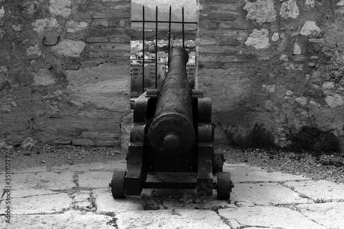 Cannon In Fort Tapéta, Fotótapéta