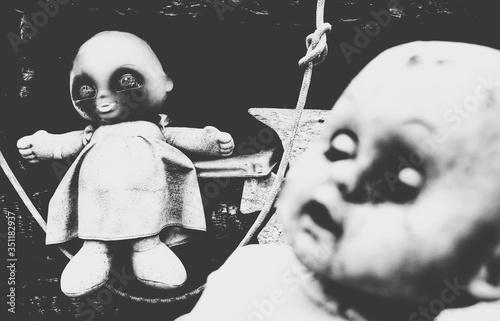Close-up Of Abandoned Doll Fototapet