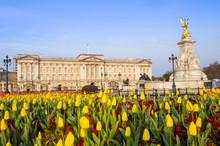 The Facade Of Buckingham Palac...