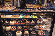 Showcase Confectionery. Variou...