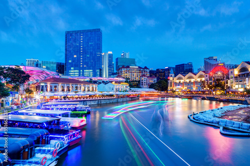 Obraz Sunset Blue Hour at Clarke Quay on Singapore River With Boat Light Trails - fototapety do salonu