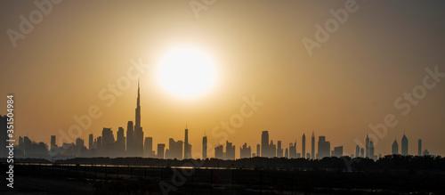 Fototapety, obrazy: Silhouette of Dubai city