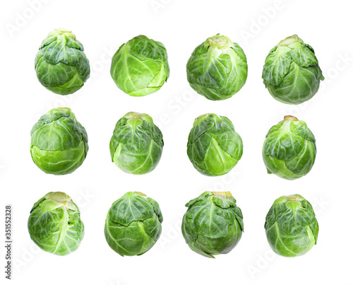 Obraz brussel sprouts isolated on white background - fototapety do salonu