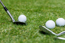 ゴルフクラブとゴルフ...