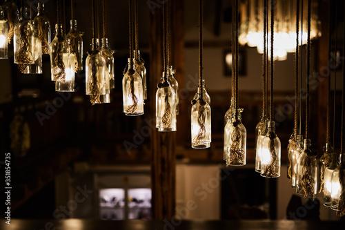 Obraz na plátně Zwisające lampy
