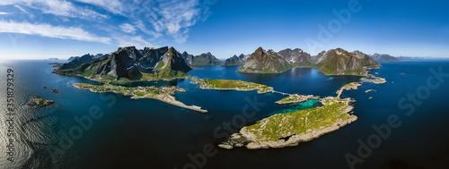 Obraz na plátně Lofoten is an archipelago in the county of Nordland, Norway.