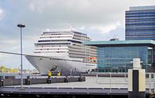 Cruiseship Or Cruise Ship Line...