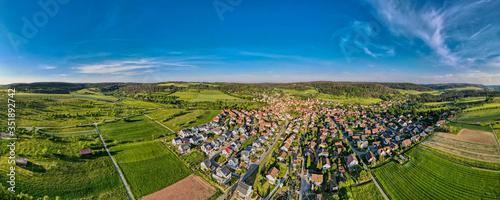 Obraz Gültlingen bei Wildberg und sein Neubauviertel, Deutschland - fototapety do salonu