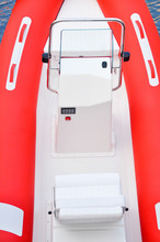Modern Inflatable Boat With En...