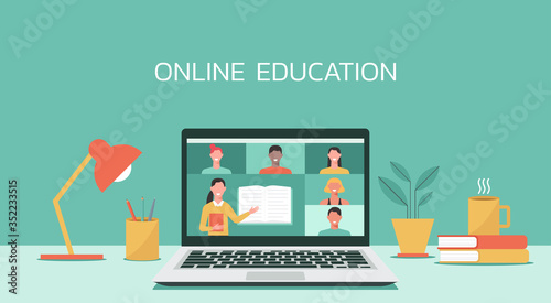 Foto E-learning, online education, online course concept, home school, woman teacher