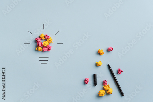 Obraz Conceptual image of brainstorming, innovation and creativity - fototapety do salonu