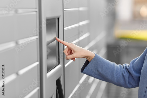 Fotografia, Obraz mail delivery and post service concept - close up of woman's hand choosing opera