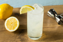 Refreshing Gin Tom Collins Cocktail