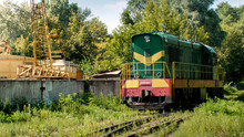 Old Diesel Locomotive Riding O...