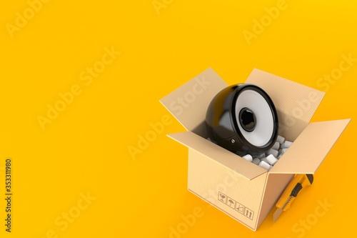 Fotografía Audio speaker inside package