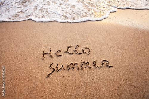 Fotomural hello summer, text on sand beach