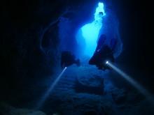 Cave Diving Underwater Scuba Divers Exploring Caves Ocean Scenery