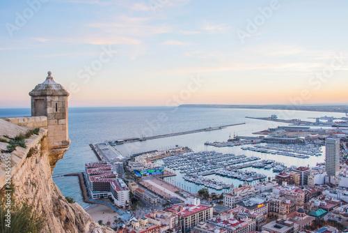 Obraz na plátně Alicante, Spain - January 10, 2019: Santa Barbara Castle on Mount Benacantil abo