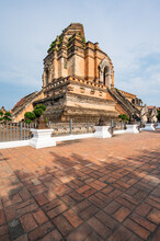 Ancient Pagoda In Chedi Luang ...