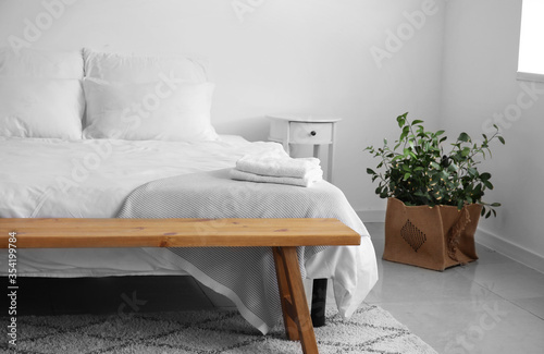 Fototapeta Interior of modern stylish bedroom obraz na płótnie