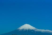 晩秋の富士山(12月)