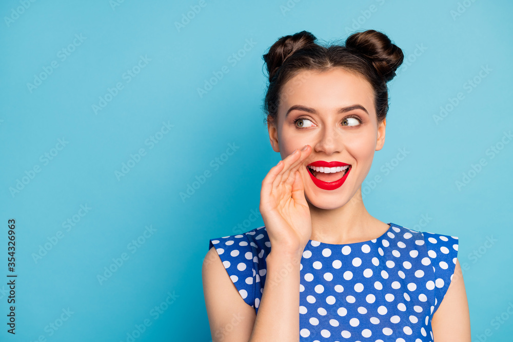 Fototapeta Close up photo of funny lady chatterbox hold arm mouth yelling secret information crowd people bad cunning person wear dotted white blouse isolated blue color background