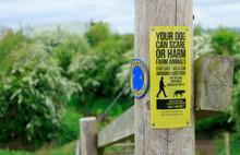 Countryside Dog Walkers Warnin...