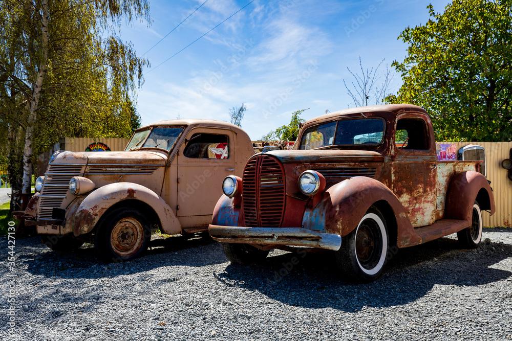 Fototapeta Rusted Old Trucks