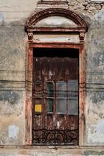 Dilapidated Facade, Merida, Yu...