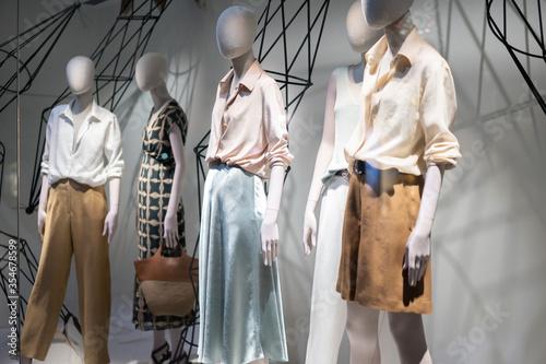 Obraz clothes store - fototapety do salonu