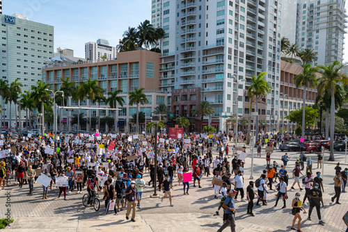 Fotografering Miami Downtown, FL, USA - MAY 31, 2020: Miami big Peaceful Demonstration in downtown