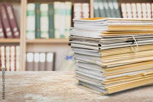 Fotomural File folders with documents on the office desk