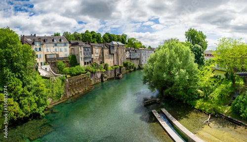 Photo French landscape in the country on the Oloron river
