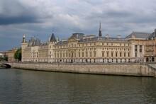 The Conciergerie (La Conciergerie) Medieval Building In Paris, France, Located On The West Of The Île De La Cité, Formerly A Prison, Presently Used For Law Courts. Marie Antoinette Was Imprisoned