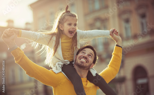 Obraz Anything is possible when dad gives you wings. - fototapety do salonu