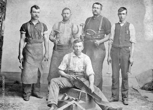 Fotografia Antique Blacksmith and Carpenter 1885 Photo