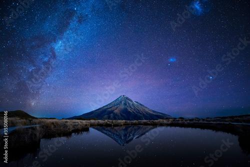 Fotografie, Obraz Night sky over Mt